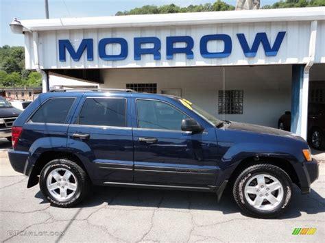 light blue jeep grand cherokee 2006 midnight blue pearl jeep grand cherokee laredo 4x4