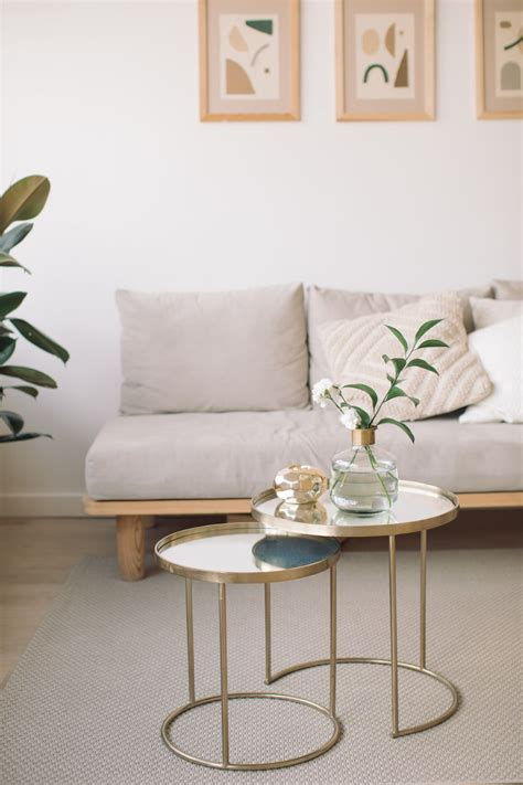 Decorating Ideas Narrow Living Rooms by How To Decorate And Narrow Living Rooms