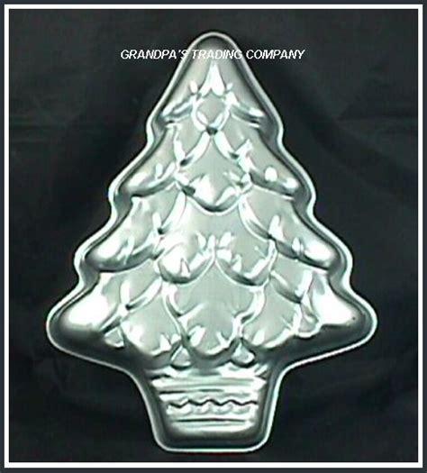 wilton treeliteful christmas tree cake pan mold 502 110 ebay