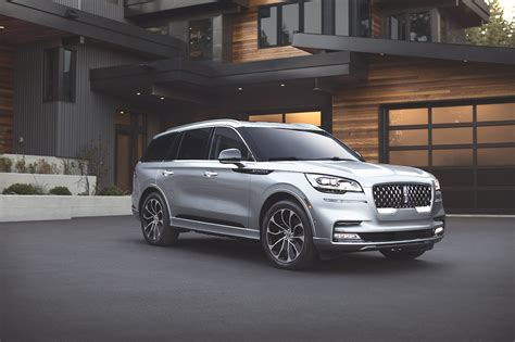 lincoln aviator returns year absence los angeles auto