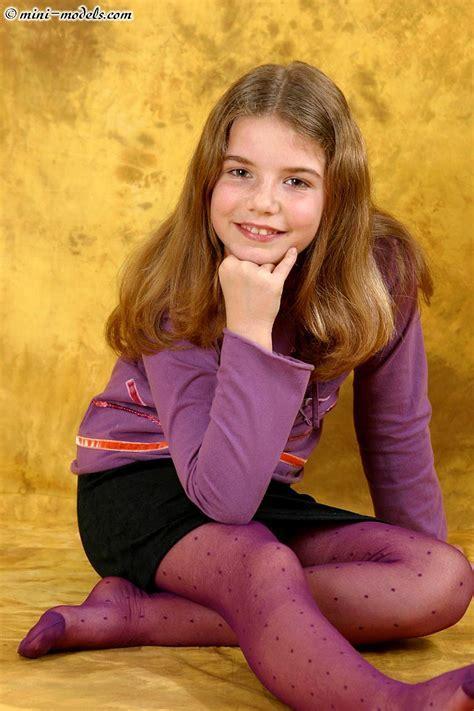 Anya Oxi Teen Model Inhotpic
