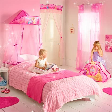 chambre fille disney disney princess ready room bed canopy great kidsbedrooms