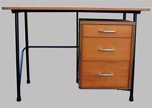 Petit Bureau Enfant : petit bureau d 39 enfant avec un caisson 3 tiroirs ~ Teatrodelosmanantiales.com Idées de Décoration