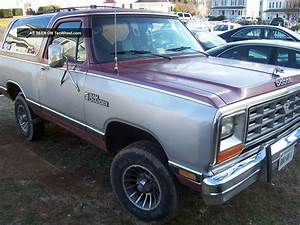 1985 Dodge Ramcharger Royal Se Sport Utility 2