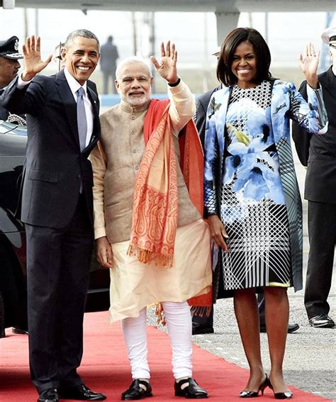 michelle obama wears  vibrant outfits  india