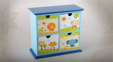 petit meuble chambre coffre de rangement enfant lilly petit meuble de rangement avec trois