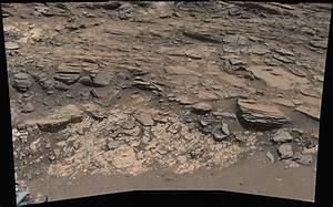 NASA's Curiosity Mars rover examines two types of Bedrock ...