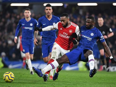 Chelsea vs Arsenal: Ten-Man Arsenal Hold Chelsea In ...
