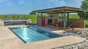 Pool Mit überdachung : edelstahlpool poolhaus und terrassen berdachungen fotos ~ Michelbontemps.com Haus und Dekorationen