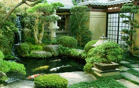 japanese gardening in small spaces japanese garden designs for small spaces ayanahouse