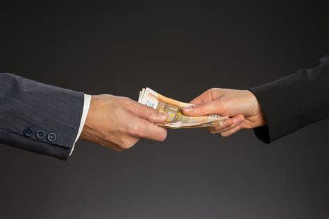 Sofort Geld Aufs Konto Geld Leihen Per Kleinkredit