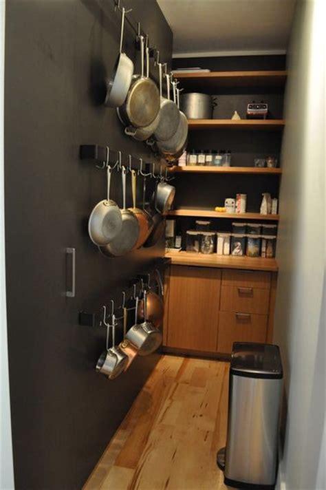 kitchen pan storage ideas evde hi 231 yerim yok diyenler duvarlarınızı g 246 zden 5458