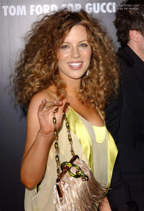 kate beckinsale wearing  hair long  spiraling curls