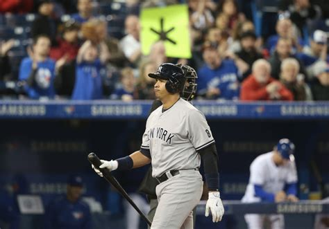 Yankees drop the second game of the series 7-2 to Happ's