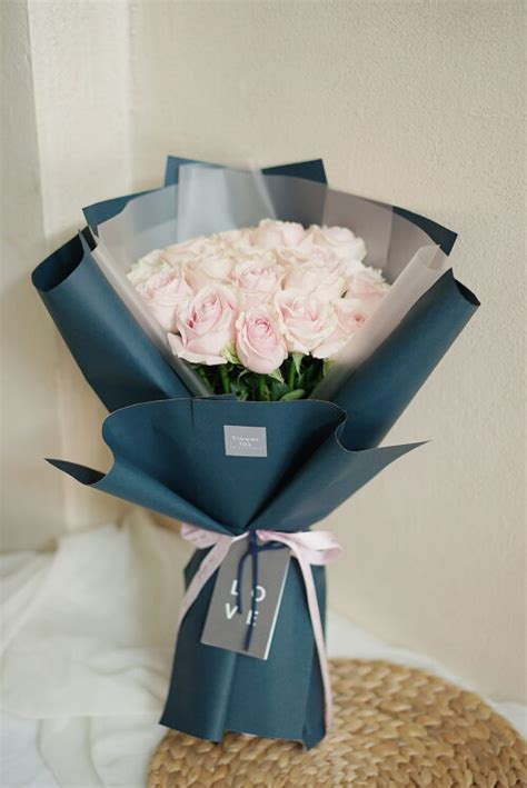 ช่อดอกกุหลาบสีชมพู ขนาดกลาง - M35 - Flowerlab by Chanana