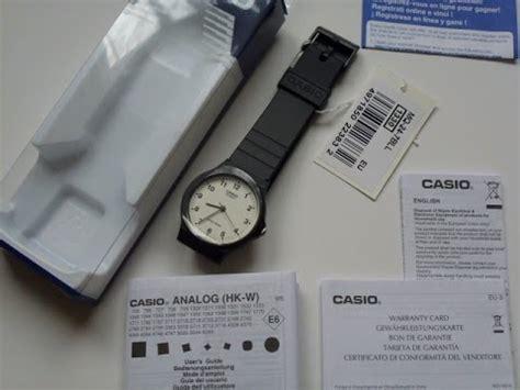 casio standard mq24 1e casio 39 s mq24 7b2 analog black resin unb