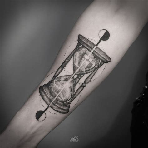 Hourglass Tattoo  Google Search  Inkaddict Pinterest