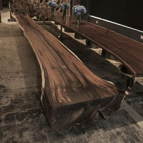 moebel aus treibholz strahlen einen rustikalen charme aus