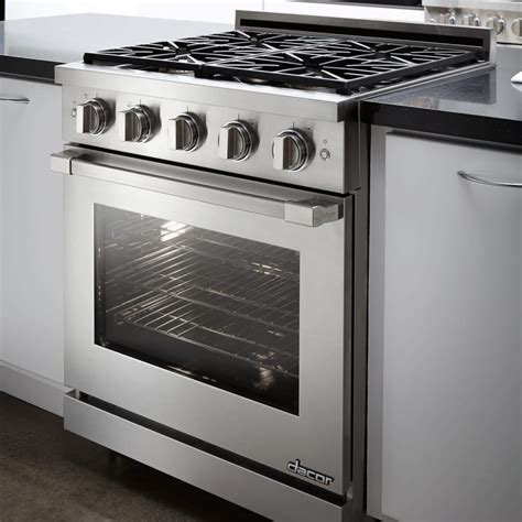Dacor RNRP30GSNG 30 Inch Freestanding Gas Range with 1