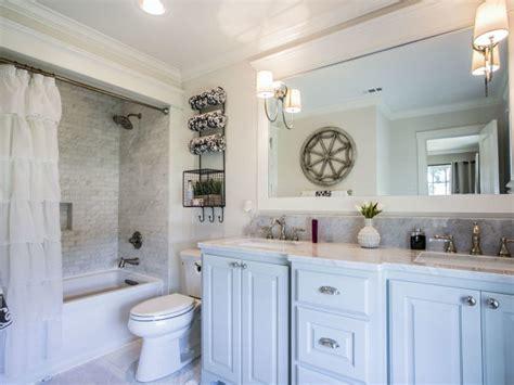 Fixer Upper Bathroom Makeovers
