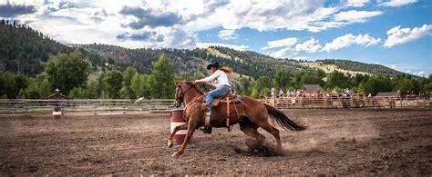 luxury guest ranch rodeo  ranch  rock creek