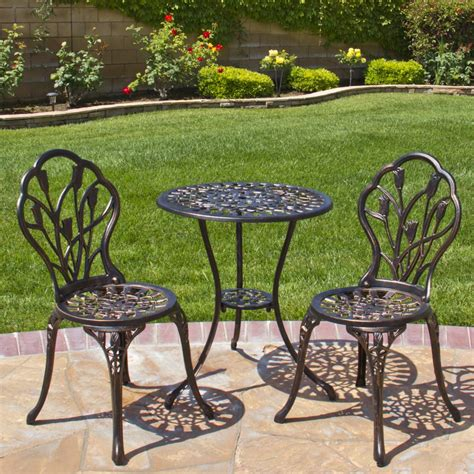 Shop our best selection of patio furniture sets, outdoor chairs, deck seating & more to reflect your style and inspire your outdoor space. Aluminum patio furniture touch up paint - 20 Examples of why Aluminium Furniture doesn't have to ...
