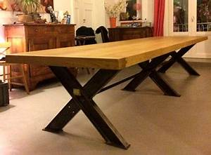 Table de salle a manger moderne bois solutions pour la for Salle À manger contemporaineavec grande table de salle a manger avec rallonge