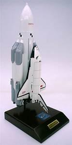 Buran Full Stack - 1/100 Scale Mahogany Model