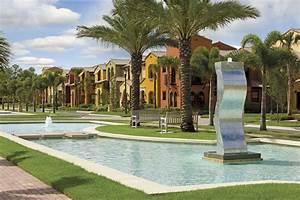 Greats Resorts : Lely Resort Condos