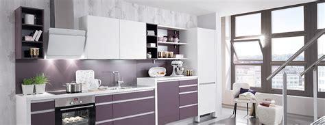 salle de bain dans une chambre cuisine avec lave vaisselle en hauteur photo 4 15 une