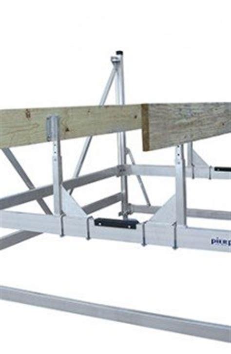 World Cat Boat Lift by Pier Pleasure 3000 Lb 120 Quot Wide Vertical Pontoon Boat Lift