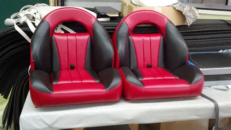 Deans Bass Boat Seats by Click To Enlarge