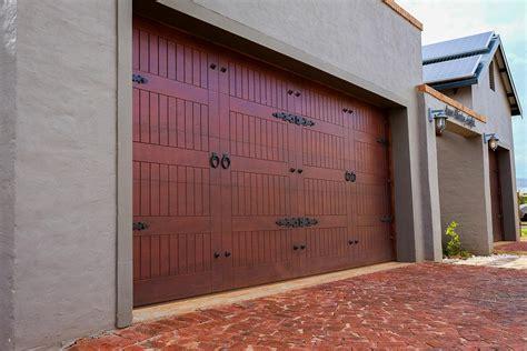 garage door images garage doors acht windows doors