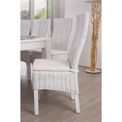 chaise en chaises tables et chaises chaise akoo en rotin tressé