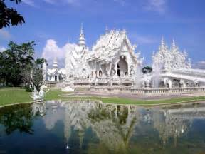top things to do in thailand unique tourist attractions