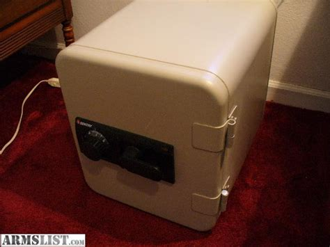 Sentry Floor Safe Lost Combination by Sentry Model Floor Safe Shape 34171 171 Money Safes Gallery