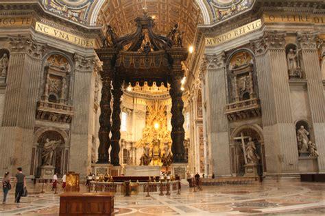 Der Petersdom, Petersplatz In Vatikanstadt