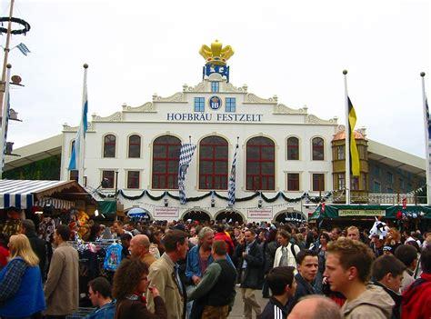1200px-Oktoberfest_2005_-_Hofbräu-Festzelt_-_front ...