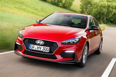 Hyundai Lines by New Hyundai I30 N Line Warm Hatch Is Sporty And Sensible