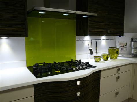 lime green splashback kitchen add colour to your kitchen with splashbacks buntingford 7110