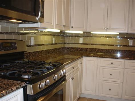 Lovely Glass Backsplash For Kitchen