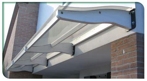 tettoie moderne tettoie pensili in legno venezia treviso l arredo