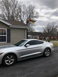 6th generation silver 2015 Ford Mustang V6 automatic For Sale - MustangCarPlace