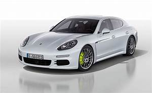 Porsche Panamera Hybride : mondial auto paris 2016 porsche pr sente sa nouvelle panamera 4 e hybrid aktumag ~ Medecine-chirurgie-esthetiques.com Avis de Voitures