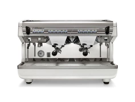 Nuova Simonelli Appia. Silipo Gold Coast Coffee. Gold Coast Coffee Beans