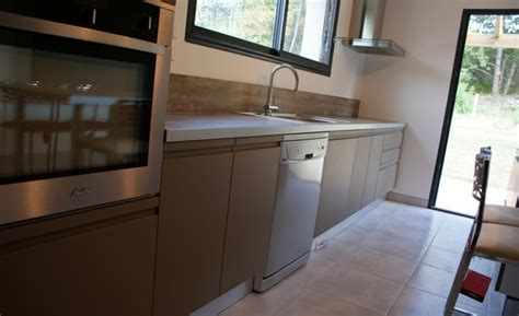 hauteur meuble haut cuisine rapport plan travail réalisations cuisine 16 créatif indépendant