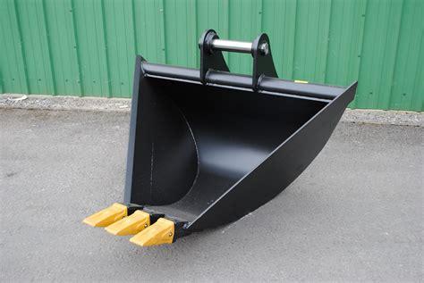 trapezoidal  bucket mini excavator centre