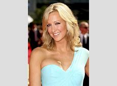 Swimming With Sharks Special Lara Spencer Shark Tank Blog