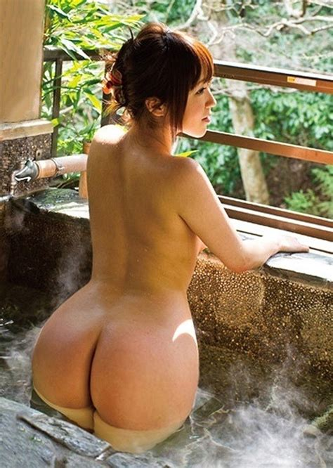 Nude Asian Woman At Onsen From Behind Sexytimechi