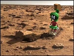 Aliens on Mars Again - Yawn - Tom Liberman